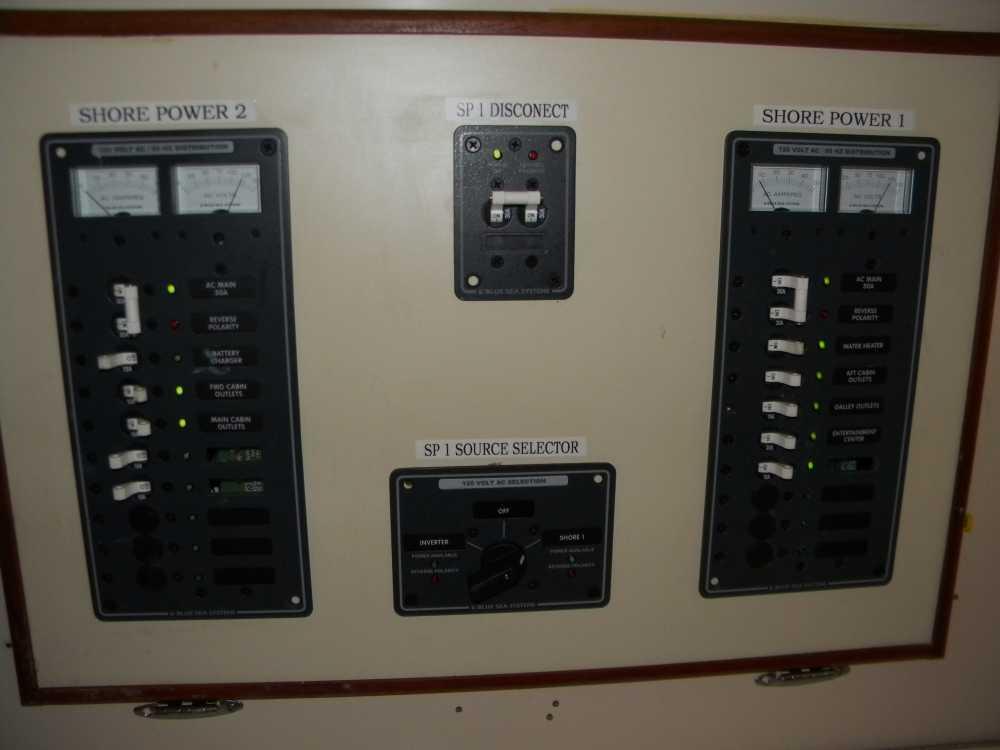 ComfortToolAreaWaterTankControl006.JPG